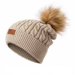 Women's Warm Winter Knitted Beanie Pompom Hat